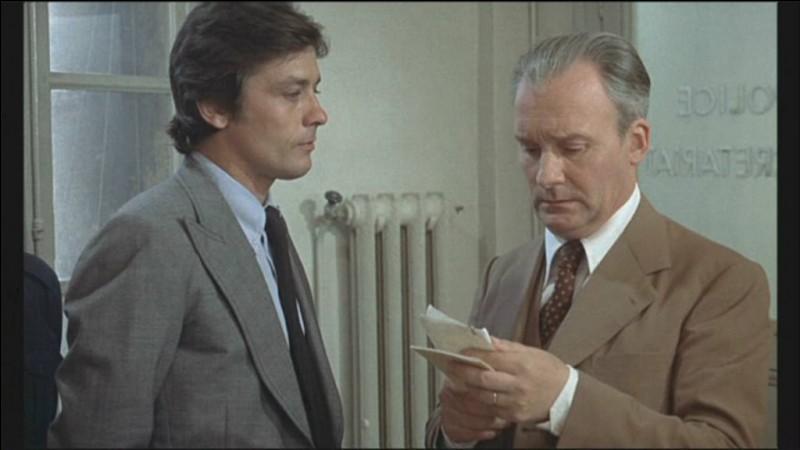 Dans quel film Michel Bouquet joue-t-il le rôle d'un flic harcelant Alain Delon ?