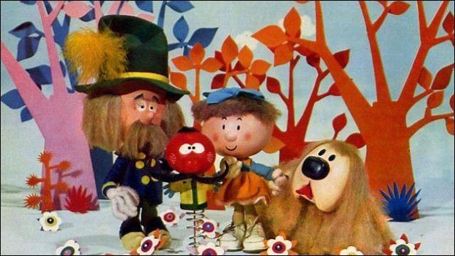 """En 1972 voici la reprise d'une émission créée en 1963 """"Le manège enchanté"""". Quel est le nom de la petite fille ?"""