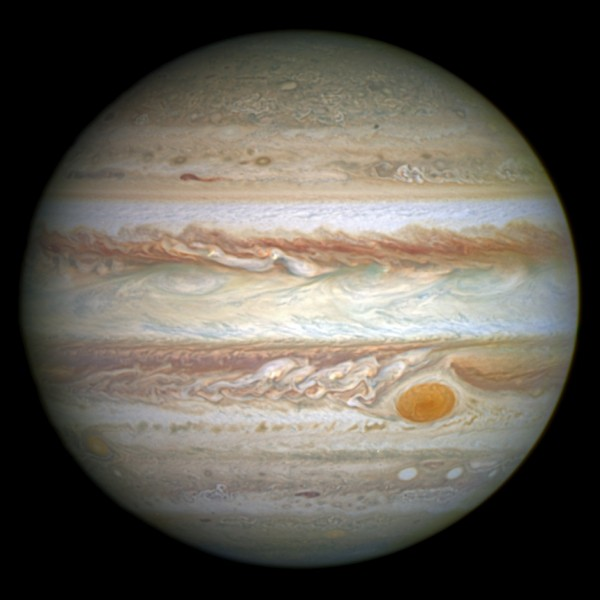 La superficie de Jupiter est :