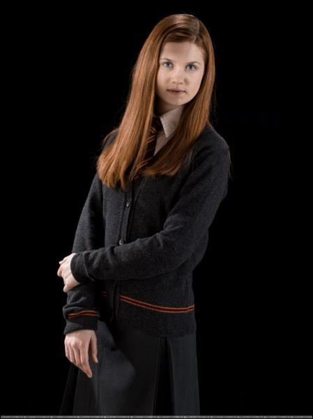 Avec qui a t'elle pris la tête de l'Armée de Dumbledore dans les reliques de la mort ?