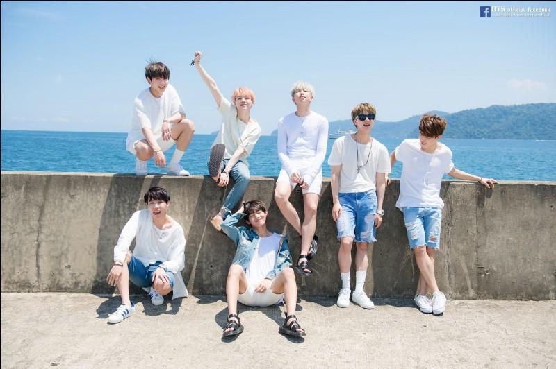 Quel membre des BTS a déjà demandé à se doucher avec les autres du groupe ?
