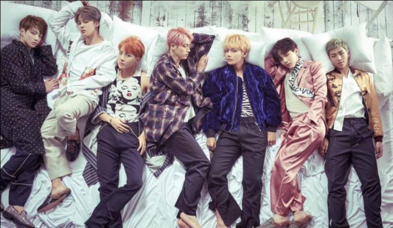 Quel membre de BTS devait être chanteur ?