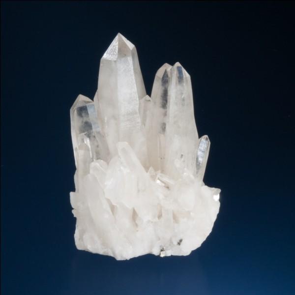 Quelle variété de silice cristallisée peut être également appelée citrine ou améthyste ?