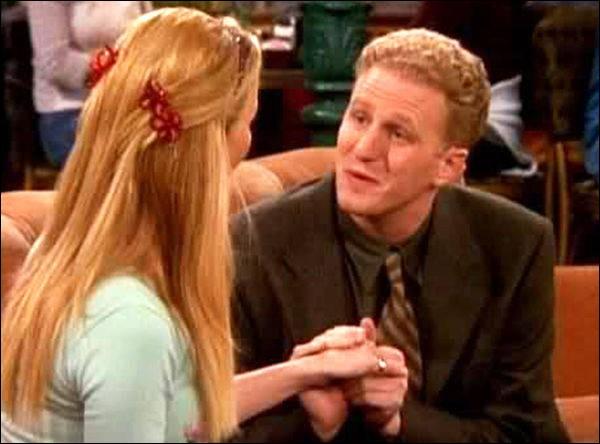 Pourquoi Phoebe a-t-elle quitté le policier avec qui elle venait d'emménager ?