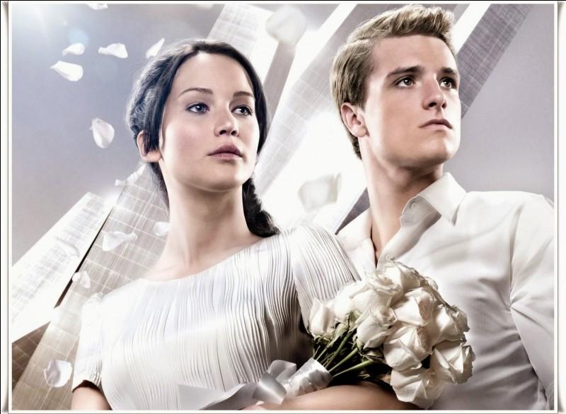 Que doivent faire Katniss et Peeta ?