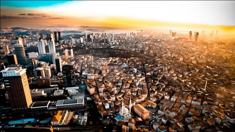 Ankara - Certes, c'est la capitale de la Turquie. Mais quelle ville la détrône en terme d'habitants ?