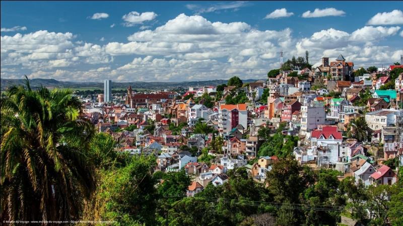 Antanarivo - Qui s'est emparé de la capitale en 1895 ?