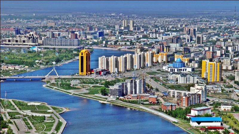 Astana - Citez-moi, dans l'ordre, les trois précédents noms de la capitale.