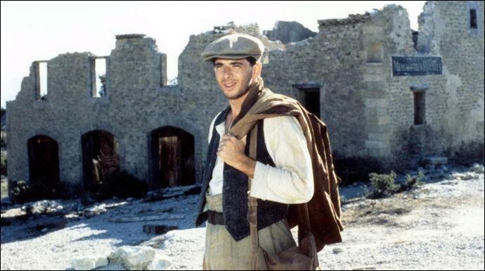 Quel est ce film de Georges Lautner dont l'acteur principal est Patrick Bruel ?