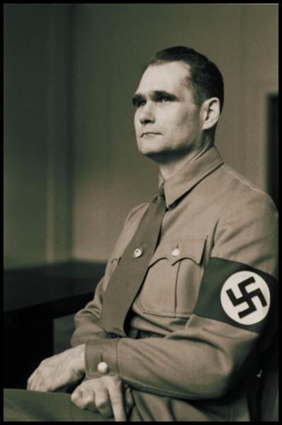 Quel ami d'Hitler tenta de faire un pacte de paix avec l'Angleterre ?