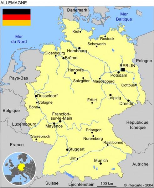 Dans quelle ville Hitler a-t-il réalisé son putsch ?