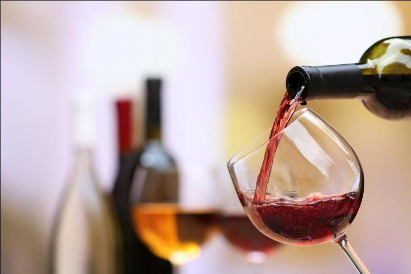 Vous rentrez d'une soirée et votre taux d'alcoolémie est de 0,35 g d'alcool par litre dans le sang. Que risquez-vous en cas de contrôle ?