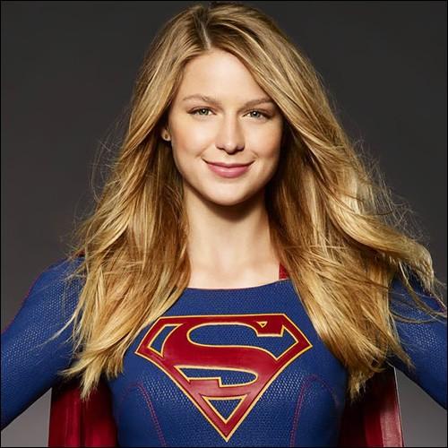 Grâce à quelle occasion Kara a-t-elle pu montrer qu'elle avait les mêmes pouvoirs que Superman pour la première fois ?