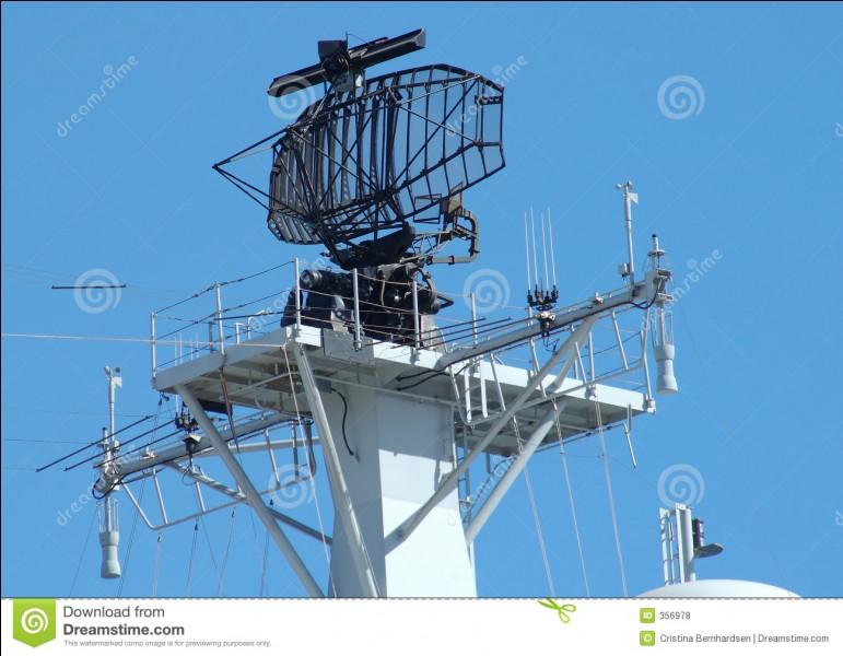 Je suis né le 10 juillet 1856 en Croatie. Je suis un inventeur et ingénieur (mécanique et électrique) notamment connu pour avoir inventé le radar et le robot télécommandé. Je meurs le 7 janvier 1943 à New York. Je suis...