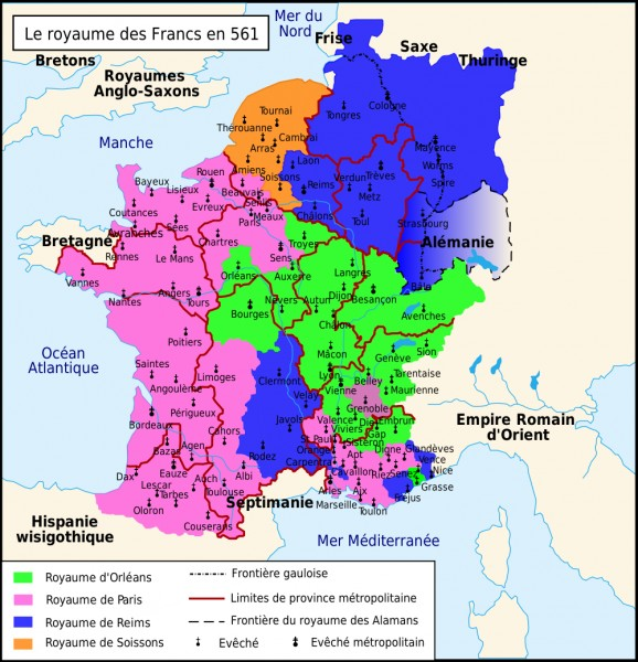 Je suis né le 2 avril 742 et je suis mort le 28 janvier 814. J'ai été couronné empereur d'Occident en 800. J'ai été roi des Francs et des Lombards. Qui suis-je ?