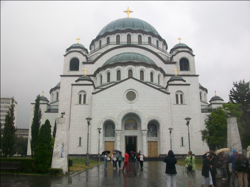 Voici l'église orthodoxe de Saint-Sava. La Sava est aussi une rivière qui se jette dans le Danube à hauteur de la capitale de ce pays. Quel est-il ?