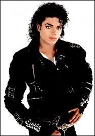 "Combien de titres comporte l'album ""Bad"" sorti en 1987 ?"