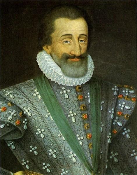 À partir de 1589, les Bourbons arrivent au pouvoir. Sur quel royaume, en plus de la France, le roi règne-t-il à partir de cette année-là ?