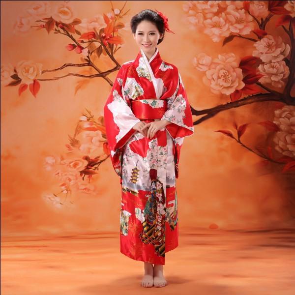 """Japonais - Quelle est la traduction littérale du mot """"kimono"""" ?"""