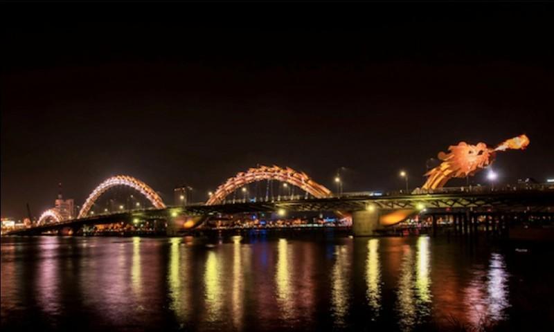 Dans quelle ville se trouve le pont du dragon ?