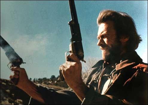 Un film réalisé et interprété en 1976 par Clint Eastwood ...