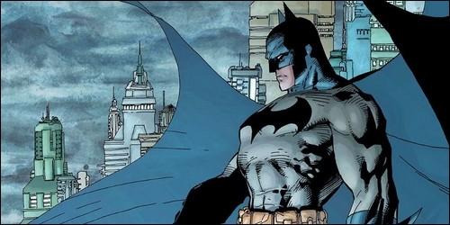 Batman fait partie des Avengers.