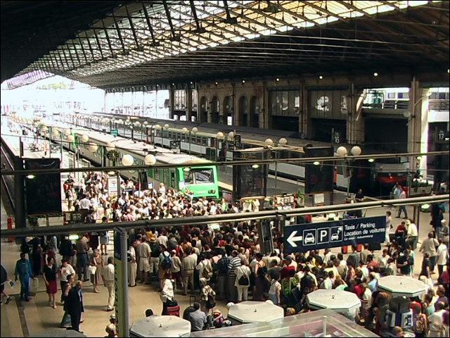 La gare du Nord de Paris est la plus grande gare d'Europe en terme de nombre de voyageurs.