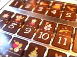 Durant quel mois de l'année mange-t-on des chocolats du calendrier de l'avent ?