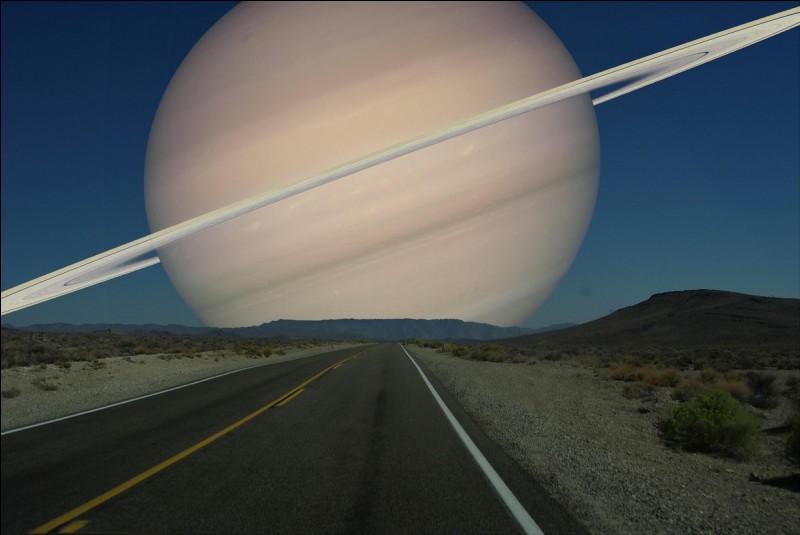 Quel est le classement de Saturne par rapport au Soleil ?