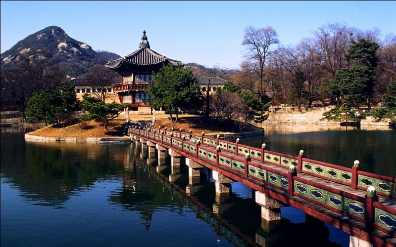 Géographie - Quel État borde la Corée par le nord ?