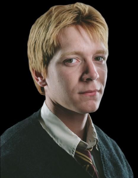 Le frère des Weasley, qui travaille dans son propre magasin de farces et attrapes, Fred, est-il mort ?