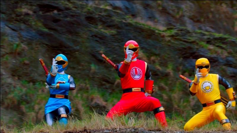 En 2003, les Rangers de la force cyclone apparaît. Comment se nomme le chef des méchants ?