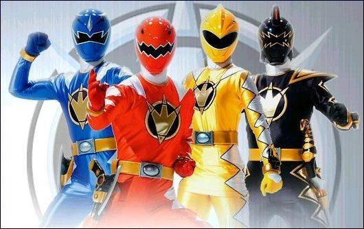 Les dinosaures sont de retour en 2004, avec les Power Rangers dino tonnerre. Leur chef est un ancien Ranger. Quel est son prénom ?