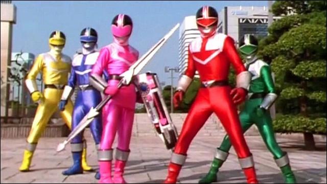 """Un mutant diabolique remonte le temps en 2001 afin de prendre le pouvoir et anéantir la Terre. La nouvelle équipe de Power Ranger, appelée """"La force du temps"""" suit celui-ci pour l'empêcher d'accomplir sa mission. En quelle année viennent nos héros ?"""