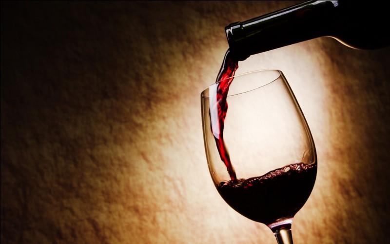"""Qui a dit : """"Le vin est la plus saine et la plus hygiénique des boissons"""" ?"""
