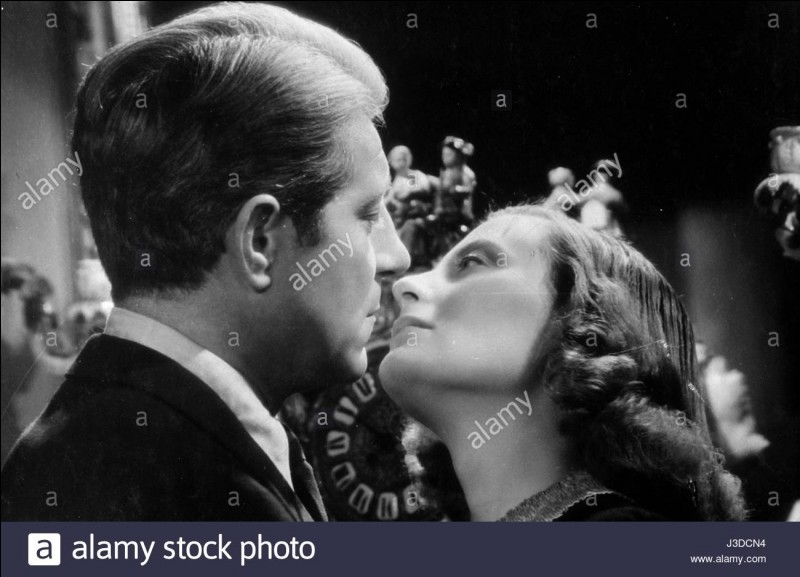 """À quelle phrase de Jean Gabin Michèle Morgan répond-elle par un """"Embrassez-moi"""" ?"""