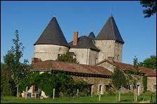 Je vous emmène en Nouvelle-Aquitaine visiter le château de Brie, à Champagnac-la-Rivière. Commune intégrée au parc naturel régional Périgord-Limousin, elle se situe dans le département ...