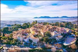 Nous partons en région P.A.C.A. à la découverte de Mougins. Ville de l'arrondissement de Grasse, elle se situe dans le département ...