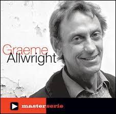 Greame Allwright se pose la bonne question dans sa chanson ''Qu'as-tu appris à l'école ? '' . Quel est le pays d'origine de ce chanteur naturalisé français ?