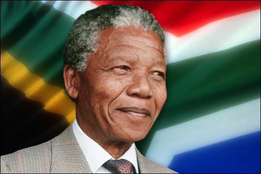 """M - Cet homme politique, """"Mandela"""", a lutté pendant plusieurs années contre l'Apartheid en Afrique du Sud."""