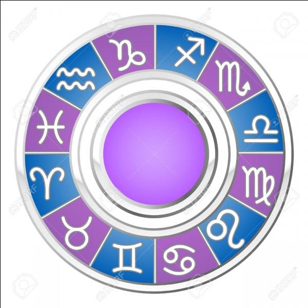 Dans quelle mythologie Astreos est-il le titan des étoiles, des planètes et de l'astrologie ?