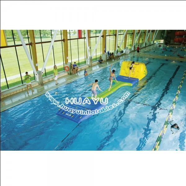 Quel sport aquatique n'a été effectué qu'une seule fois, en 1900, dans la Seine ?