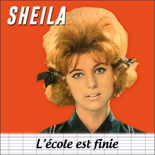"""Sheila avait 16 ans quand elle a enregistré la chanson """"L'école est finie""""."""