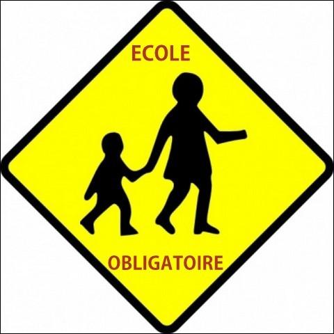 L'instruction est obligatoire à partir de 6 ans et jusqu'à l'âge de 16 ans.
