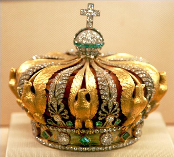Le symbole de la royauté en France jusqu'à la Révolution était...