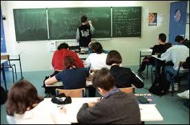 Dans quelle école, les élèves peuvent-ils travailler pendant huit heures par jour ?