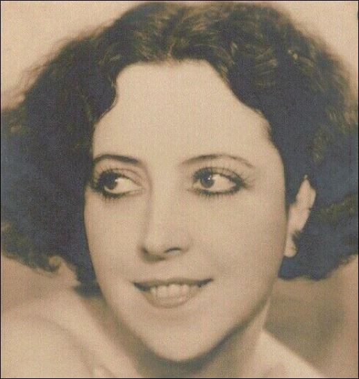 Journal le Point, citation du 28 septembre 2017. Quelle auteure-compositrice et chanteuse française s'est intéressée à Musidora après avoir relu Colette et qui a déclaré : « Musidora … elle est épatante et d'une incroyable modernité…» ?
