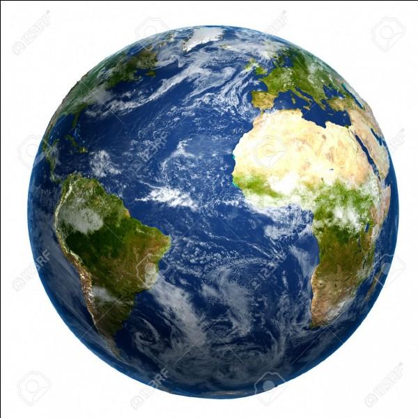 Comment appelle-t-on la couche superficielle du globe terrestre ?