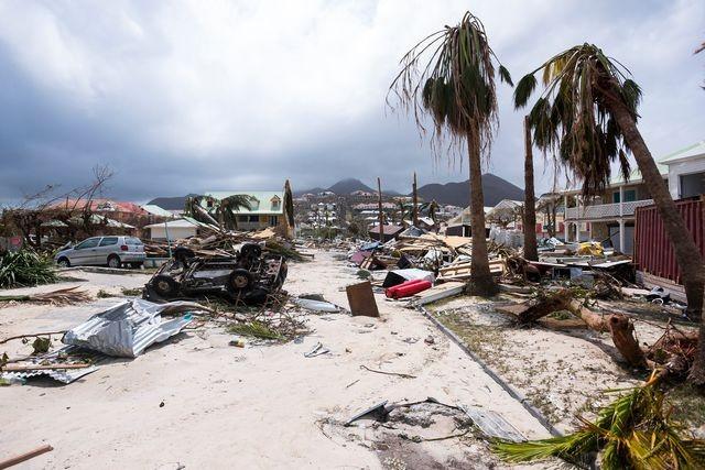 Séismes, cyclones et volcans