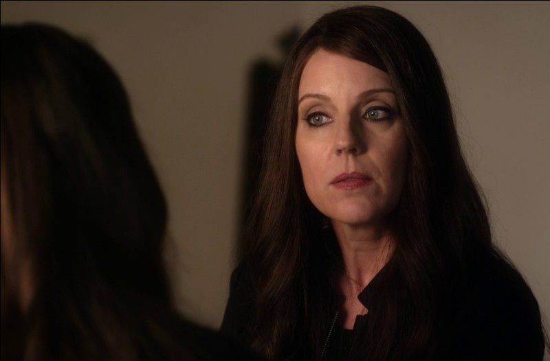 Qu'a dit Mary Drake à Spencer lorsqu'elle s'est fait tirer dessus ?